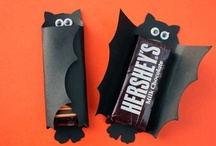 Halloween / Halloween decor & eats.... all you need for a ghoulish celebration! / by Christi Smith