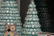 Nontraditional Christmas Trees / by Ellen Niz