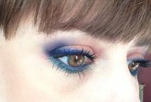 I love to put on makeup / by Lisa Shapiro
