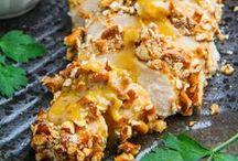 Delicious Yummy-ness / by Melanie Cyphers-Bruggeman