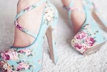 Shoes, Glorious Shoes! / Shoes to make my feet feel gorgeous! / by Liz Jackson