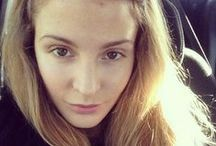 No make up selfies / How to take the perfect no makeup selfie, with tips straight from the celebs. Kind of. / by Handbag.com