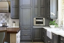 Kitchens / by MICHELLE CHIANG