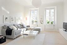 Living Room / by Paulina Triantafyllou