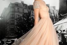 dream dresses / by Petra Guglielmetti