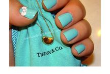 I want nails like that / by Desire'e Betterman
