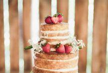 Cake / by Hannah Zach