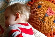 Crochet tutorials / by Mollie