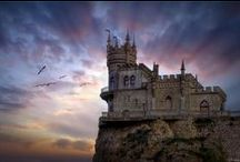 Castles of the world / by Francoise Lavergne
