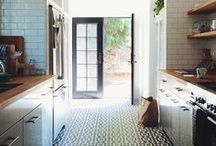 Kitchen / by Alissa Haight Carlton