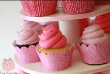 Cupcakes / by Pink Cake Box