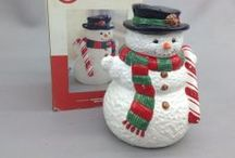 Snowman Cookie Jars / by Pam Ann