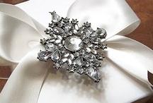 Gift with Elegance / by Kakuseisha Lilicutes Ateliê