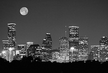 Travel to Houston / Houston is the largest city in the state of Texas. Houston became the home of the Texas Medical Center—the world's largest concentration of healthcare and research institutions. Search for best hotel deals with our Angels on www.dealangel.com! / by DealAngel.com