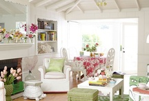 Cottage Living Rooms / by Sandy Garrett