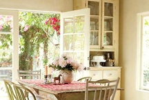 Cottage Dining Rooms / by Sandy Garrett