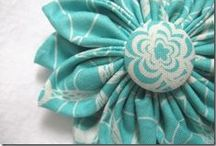 Hand Sculpted Flowers Fabric / by Susan DeLucca