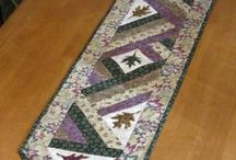 Quilt - Table Runners / by Kathleen Pearce