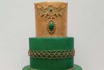 Emerald Wedding Cake Inspiration / by Cake Central