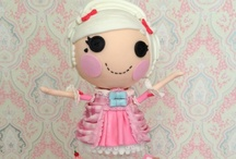 Lalaloopsy Cakes / Lalaloopsy cake ideas, cupcakes, cookies, and Lala loopsy cake pops / by Cake Central