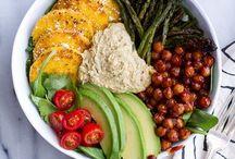 foodies gotta eat / by Lisa Davis