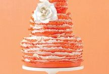 Dream Cake Stands / by Tammy Maltby /www.tammymaltby.com