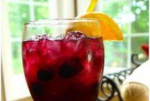 Dream Drinks / by Tammy Maltby /www.tammymaltby.com