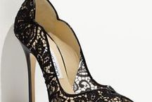 my favorite shoes / Chic elegante! / by Cybill Summer
