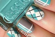 Nails / by Jordan Northrip