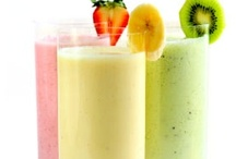 Drinks: Smoothies / by Judith Baer