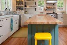 Kitchens / by Nicoline Mann