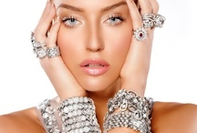 sHiNe BriGhT LiKe A DiAmOnD  / So much bling so little time  / by Tina K