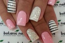 Beautiful Nails :) / by Jacqueline Contreras