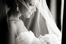 my dream wedding.. simple but classy / by Jacqueline Roberts