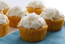 Cakes, Cupcakes & Desserts / by Vanessa Desrosiers