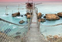 Dreamy vacations / by Marie-France Bourgon