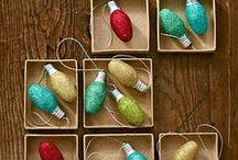 DIY Christmas Decorations / Use Christmas lights and bulbs to create these simple and inexpensive DIY holiday crafts! http://www.1000bulbs.com / by 1000Bulbs.com