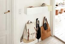 prateleiras / estantes / racks / by Vanessa Scaff