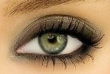 makeup / by Vanessa Scaff
