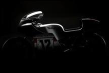 Motorcycles / by Daniel Bere