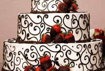 Cakes / by Sonya Mikuls