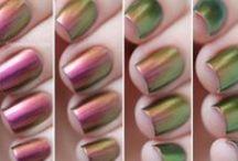 Nails / by Andréa Barros