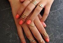 Pretty Jewelry / by Rachel Schmitz