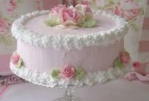 cakes/decorating / by Robyn Wiltshire
