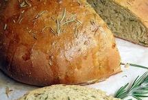 Savory Breads / by Lynde Brooks