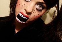 Halloween >< / by Caitlin Burman