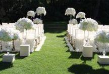 White Weddings / White Wedding Flowers, bouquets, centerpieces, ceremonies, receptions / by Fleurs De France