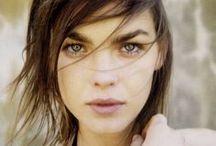 I n s p i r e - Makeup / by Janelle Putrich
