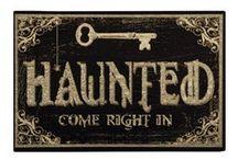 Halloween Crafts  / Spooktacular and easy Halloween ideas / by Jen Jones-Grissett