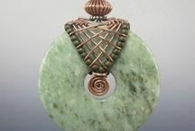 Wirework & Chainmaille / by Pauline Tang